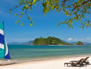 places for honeymoon package